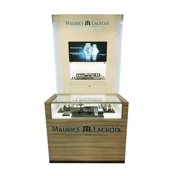 maurice5-x4C7A2148-C29A-D08F-E59B-3C32D7859DCA.jpg