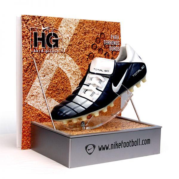 football-display7994770D-B309-386A-0EEF-E3DA3E82C42C.jpg
